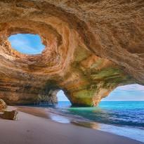Povestile Alinei – Portugalia by TravelMan