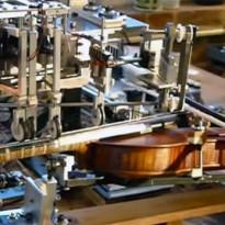A fost inventat robotul care canta la vioara – VIDEO